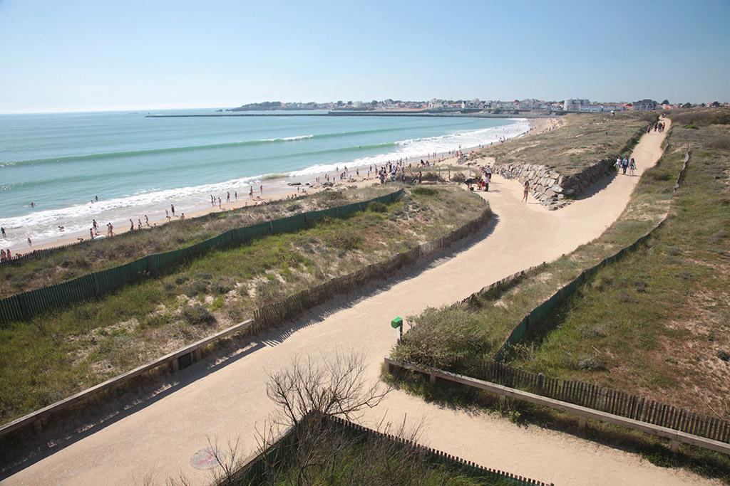 Promenade en dunes de sable fin