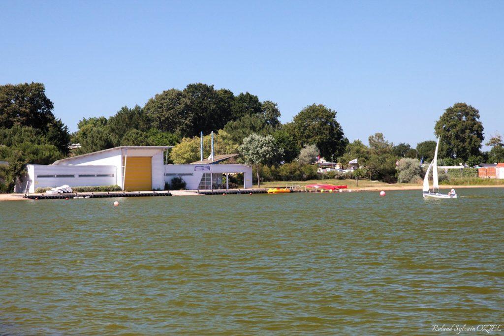 Base nautique proche camping