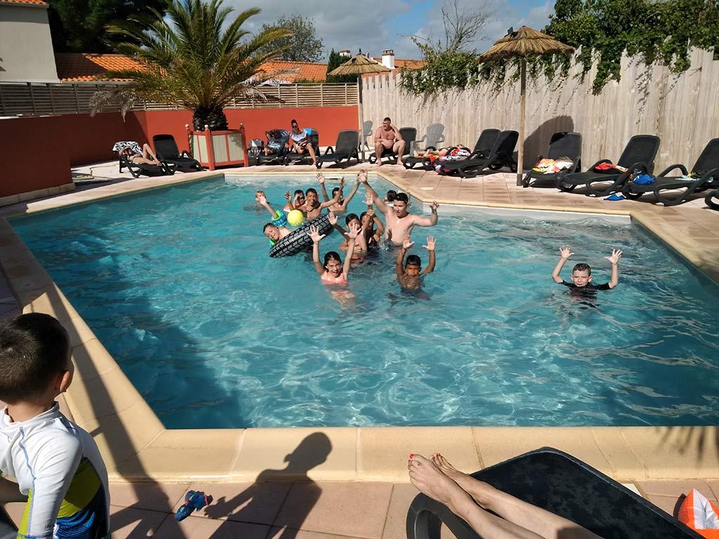 piscine avec entants